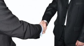 01 businessmen shaking hands fotolia_5893830_subscription_l compressed1