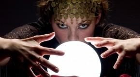 11_04_08_gypsy-fortune-teller