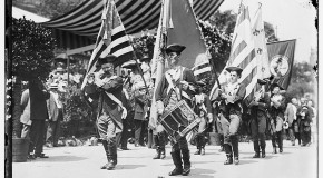 4th July Parade in 1911. Photo from Library of Congress.
