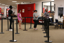 With a slight dip in enrollment, the line to meet with advisors may be shorter than usual. Photo by Tyler Adams/Pioneer