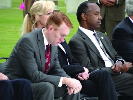 James Lankford (left) and Ben Carson (right)