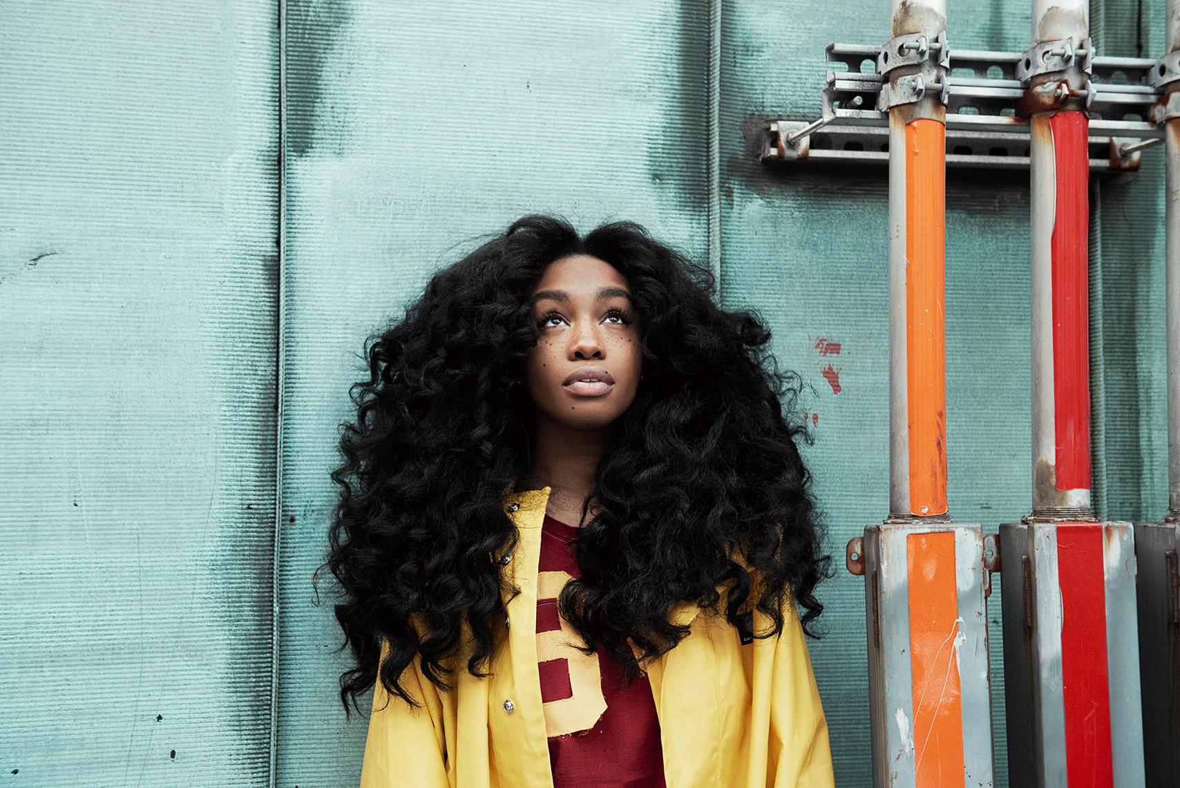 "SZA Tries to Find Closure with ""Ctrl"""