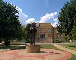 Chickasha college offers smaller classes