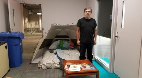 A reporter for the Miami Herald makes himself at home. The staff prepared to stay for a week. Photo by Antonio Delgado.