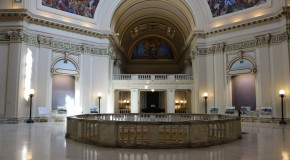 Fourth floor rotunda of the Oklahoma State Capitol remains quiet. State Lawmakers put special session on hold as they hammer out a new budget deal. Photo by Cici Simon